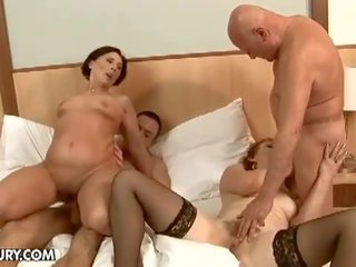 striekať sex kurva